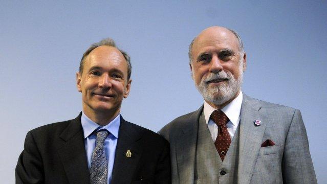 Tim Berners-Lee y Vinton Cerf - Los padres de la Internet
