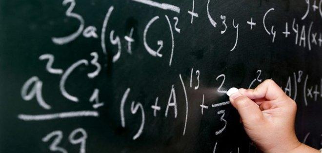 [Imagen: calculos_matematicos.jpg]