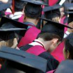 """La educación de élite produce """"borregos excelentes"""", según un profesor de Yale  Leer más:  La educación de élite produce borregos excelentes, según un profesor de Yale"""