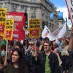 Reino Unido: La sobrecarga de trabajo ocasiona crisis en la contratación y retención de docentes